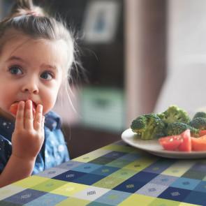 Cheryl Marone, voksdug med ærteblomster i blå